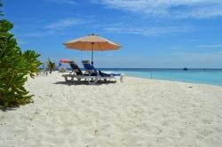 relax Maledivy na pláži