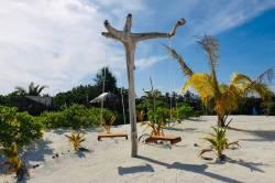 plaz-Gaafaru-Maledivy-2