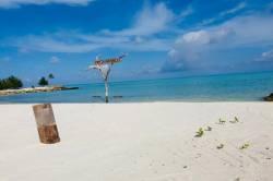 plaz-Gaafaru-Maledivy-3