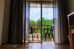pohled na balkon z pokoje