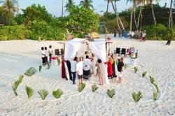 svatebčané svatba Malediv