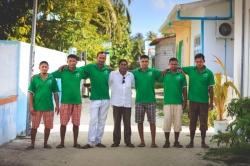Dovolená na Maledivách, tým zaměstnanců