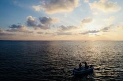 rybaření při západu slunce