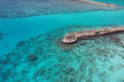 v přístavu ostrova Thoddoo