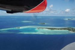 Ostrovy Malediv z letadla