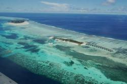 Maledivské resorty letecký snímek