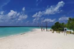pláž na Omadhoo