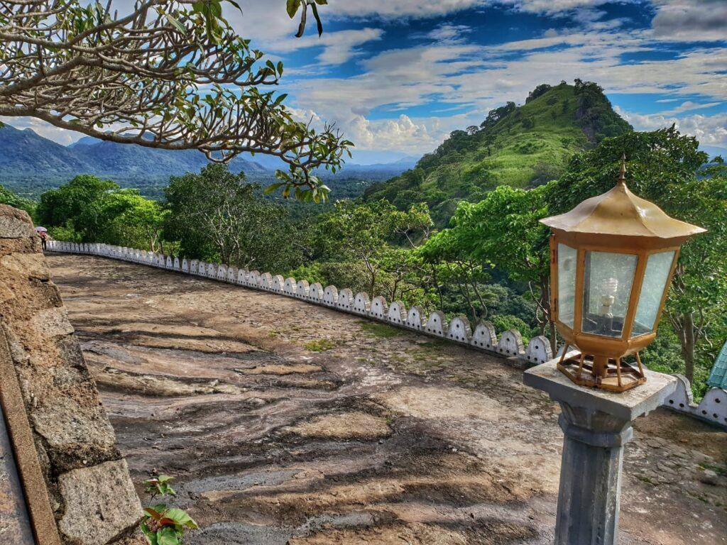 Výhled na hory na Srí Lance